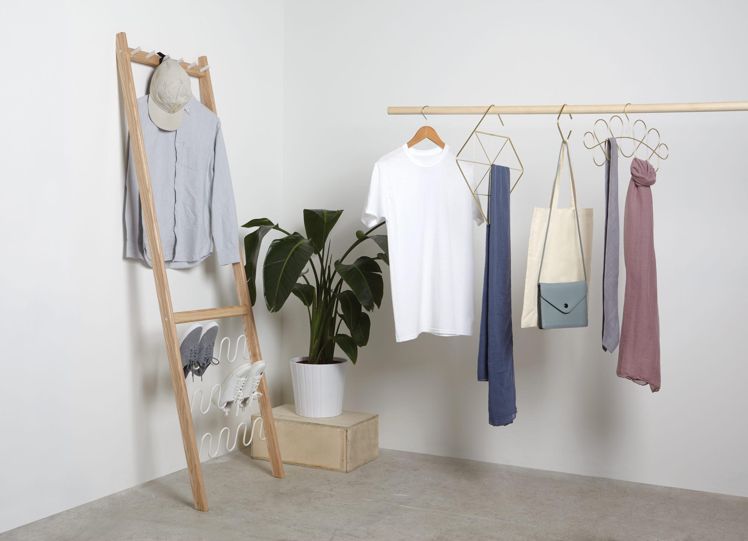 Closet-Insitu1678-1